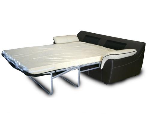 Кожаный диван со спальным местом