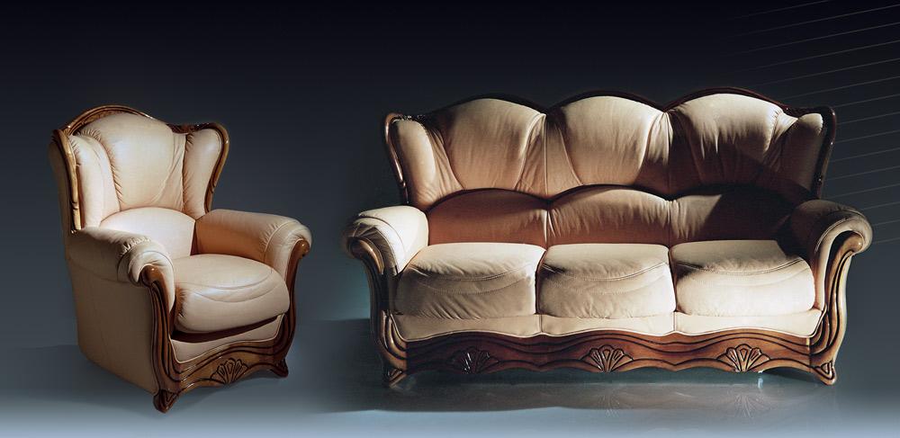 Много мебели диваны